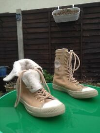 FUR LINED FOLD DOWN CONVERSE UK 8