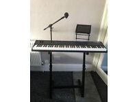 Kurzweil SP4-7 Stage Keyboard 6 months old mint condition
