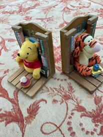 Winnie the Pooh & Tigger book ends