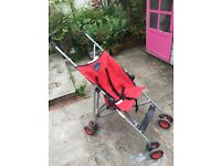 Single, Lightweight Collapsing Pushchair