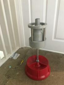 New portable wheel balancer