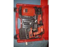 Hilti SD-5000 A-22 Collated Screw Gun, Barely used message for more info. Open to offers