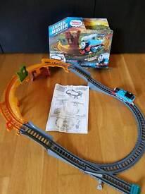Thomas trackmaster breakaway bridge set