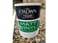 Crown Trade Matt Emulsion