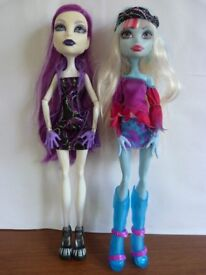 Spectra and Abbey Monster High doll bundle