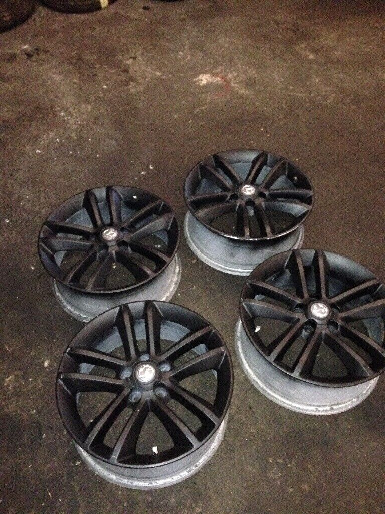 Vauxhall 17 inch 5 stud alloys