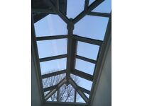 Roof skylight double glazed with automatic opening