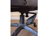 Chair - office arm chair with wheels and height adjustment