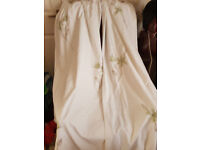 """PRETTY, FRESH WHITE COTTON CURTAINS - 1 PAIR - PALE GREEN APPLIQUE FLOWERS ALL OVER - 52""""W X 80 LONG"""
