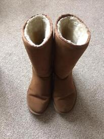 Ugg tall ladies boots size 6