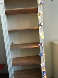 Shelving unit/book case
