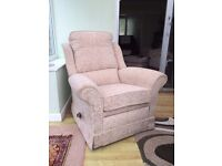 Arm chair, reclining with foot rest (lazyboy - type)