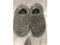 Boys grey slippers