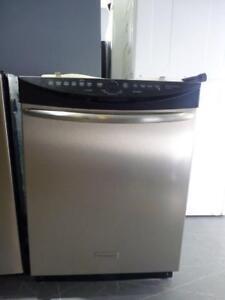 83-  Plusieurs Lave-Vaisselles Reconditionnés Many Reconditioned Dishwashers