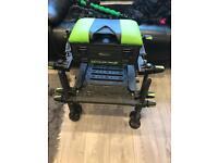 Maver mxi series 3 fishing seat box