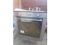 Whirlpool Pyrolytic oven , self cleaning built in Oven 6 months old.