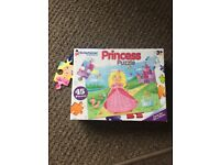 Princess 45 piece jigsaw puzzle by The Entertainer - nice thick pieces £2