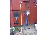 JOB LOT OF 5 GARDEN TOOLS FOR SALE.