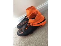 Black&orange nike hypervenom boots. UK size 9