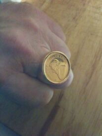 Gold ring nearly new