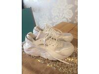 Nike hurrache size 7