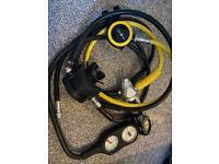Aqualung diving regulator