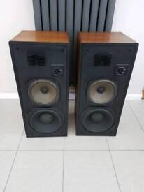 Realistic Optimus T-110 vintage loud speakers