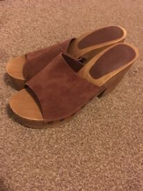 Zara Leather Sandals. Size 7. Never been worn.