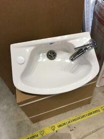 Cloakroom Basin c/w taps
