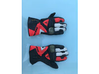 Dainese Leather Motorcycle Gloves With Kevlar Protection