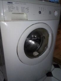 £10 Spares and repair washing machine still works but not great