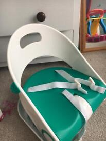 Travel baby booster seat