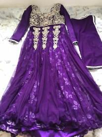 Ladies mint condition wedding/occasion dress!**