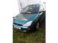 ford focus zetec 2001, mot till 31/5/17 for sale
