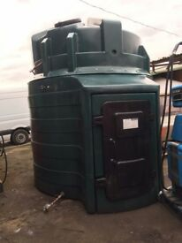 10000 litres plastic bunded tank Very good condition with no leaks etc Ready