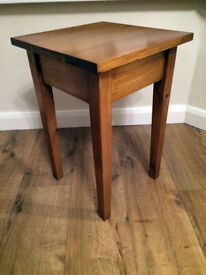 Solid Wood Side Table With Tapered Legs and Finished in Oak