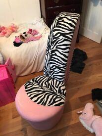 High Heel shoe chair zebra print