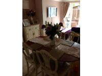 Beautiful French style extendable dining table & chairs