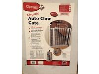 Clippasafe auto-close gate