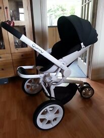 Quinny Moodd Complete Travel System - Sulphur Focus all in 1