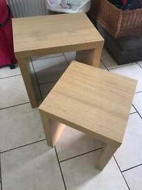 Set of 2 best of tables