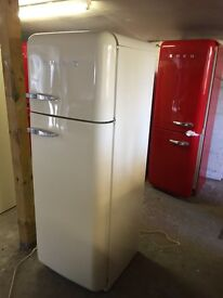 SMEG FAB 30 FRIDGE FREEZER. CREAM. WITH WARRANTY. CAN DELIVER/ View.