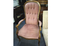 Charming Victorian Queen Anne Style Spoon Back Carved Oak Arm Chair