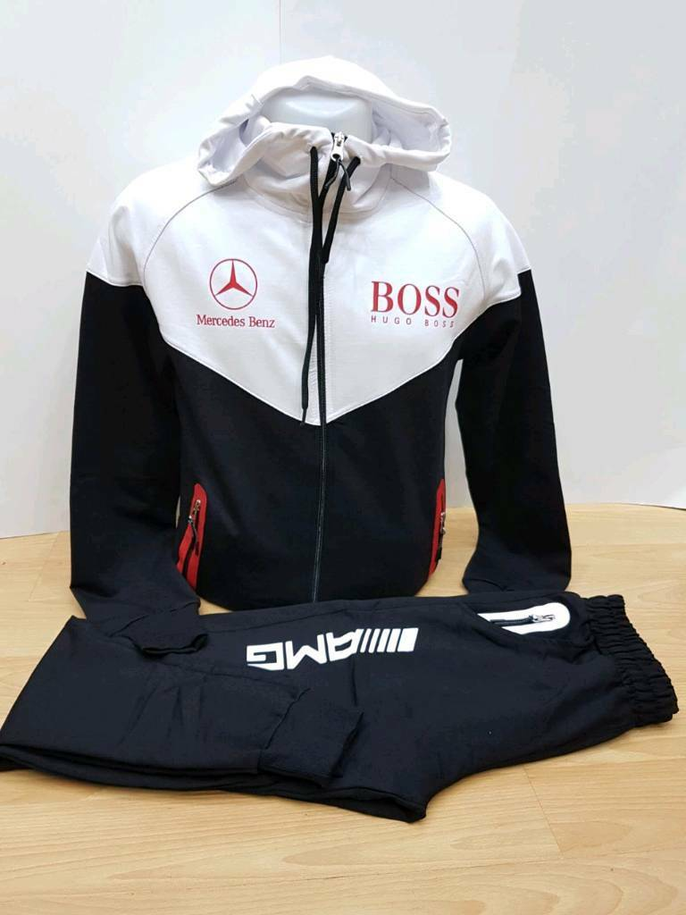 hugo boss tracksuit in hoxton london gumtree. Black Bedroom Furniture Sets. Home Design Ideas