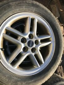 Set of 4 Range Rover alloys with tyres