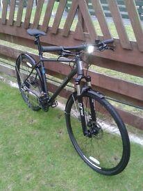 Pinnacle Cobalt 2 Mens Hybrid cycle.