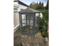 Barnsby Luxury Cat Enclosure
