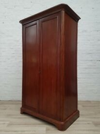 Willis & Gambier Wardrobe (DELIVERY AVAILABLE FOR THIS ITEM OF FURNITURE)