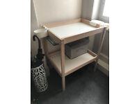 IKEA sniglar changing table + stor baskets - £15 (NEW)