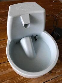 Electrical fresh water drinker